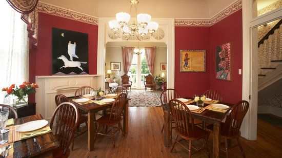 Maison Perrier : Dining Area