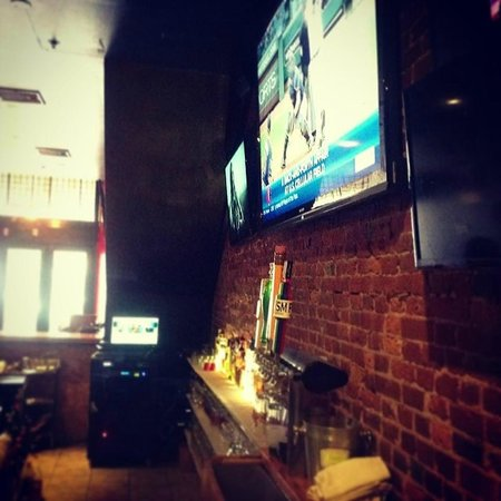 "Sto's Bar & Restaurant: Mammoth 80"" TV"
