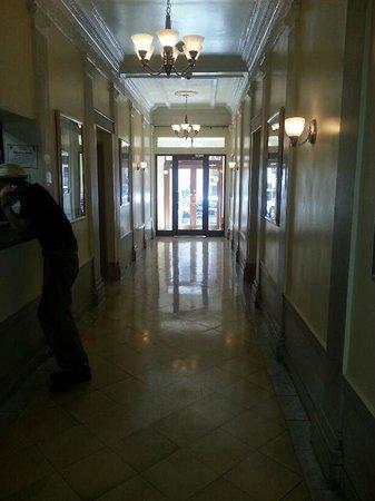 Morningside Inn: Hotel entrance 1