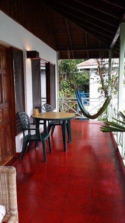 Catcha Falling Star Gardens: balcony