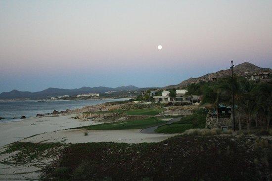 Baja Point: Vista do apto, da cama