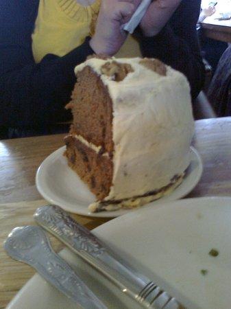 Treats Tea Room: Carrot cake