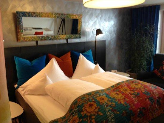 Raffl´s Tyrol Hotel: Bett