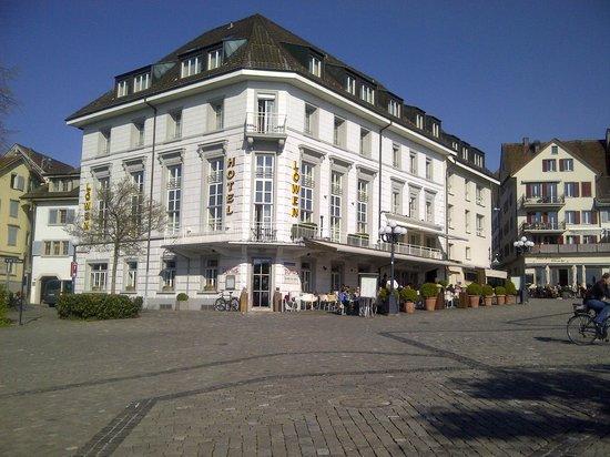 Hotel Löwen am See Zug: Spring time