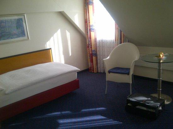 Hotel Löwen am See Zug: Room 4.floor