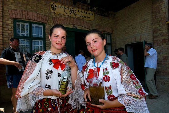 Szent Janos Hotel: Local traditions