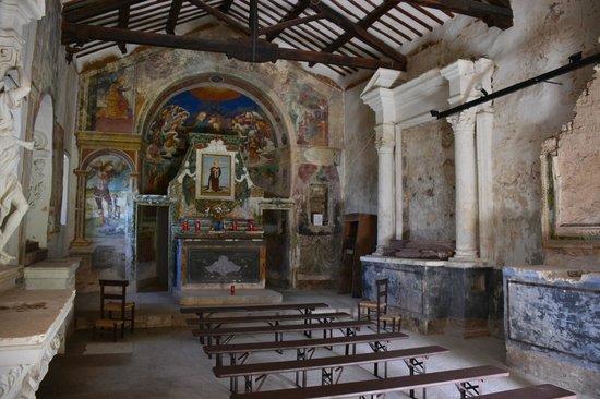 Guesthouse Runcini : Chiesetta