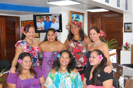 Arc En Ciel Bora-Bora : Tahitian Team at your service