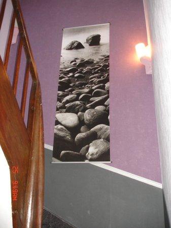 Hotel La Marmotte : escaliers du 2ème 3ème