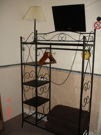 Hotel La Marmotte : chambre 11