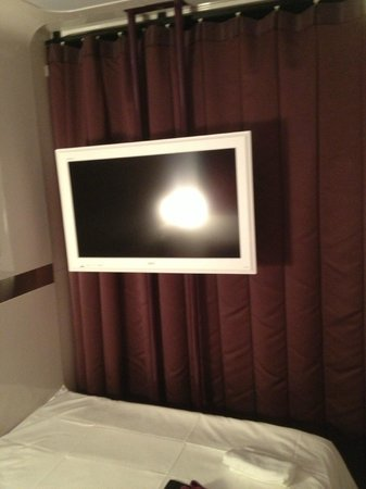 First Cabin Kyoto Karasuma : Sony Flat screen TV