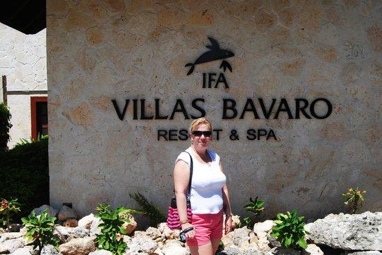 IFA Villas Bavaro Resort & Spa : entrée de l hotel