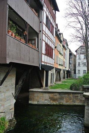 Krämerbrücke: Wohnungen über Brücke