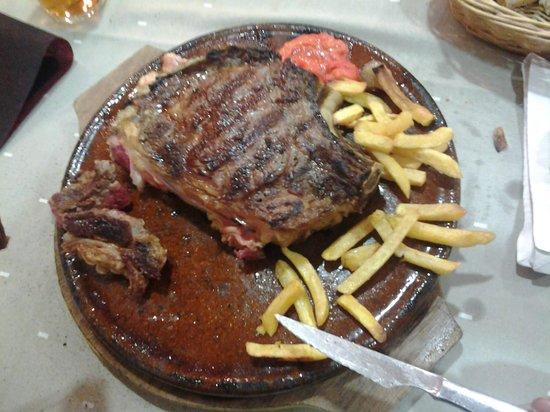 Restaurante El Pradillo: Chuletón a la brasa.