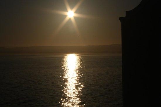 InterContinental The Clement Monterey : Por do sol visto do quarto