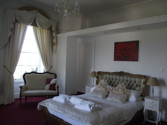 Norton House Hotel & Restaurant: Large comfy bed in room 4