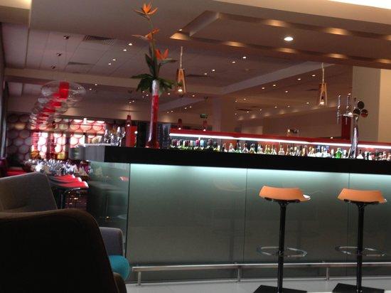 Novotel Birmingham Centre: Bar