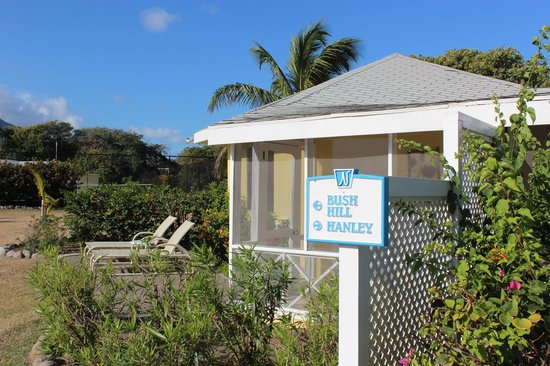 Nisbet Plantation Beach Club : Outside view of 1 BR cottage