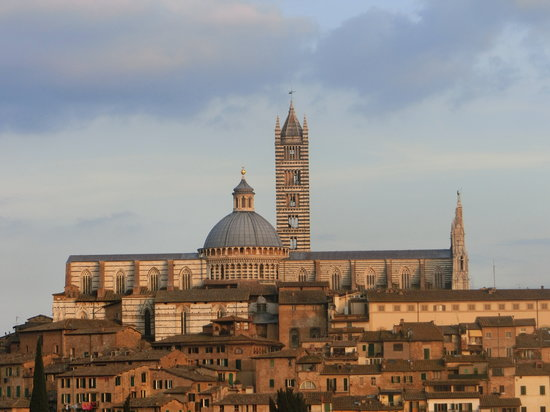 In Toscana - Day Tours: duomo di siena
