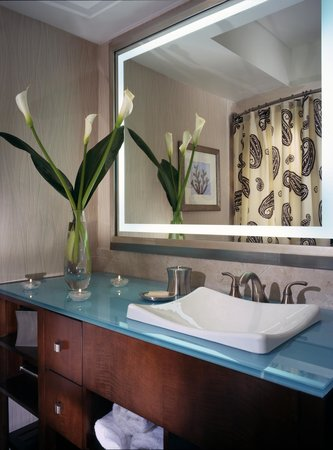 One Ocean Resort & Spa: Bathroom