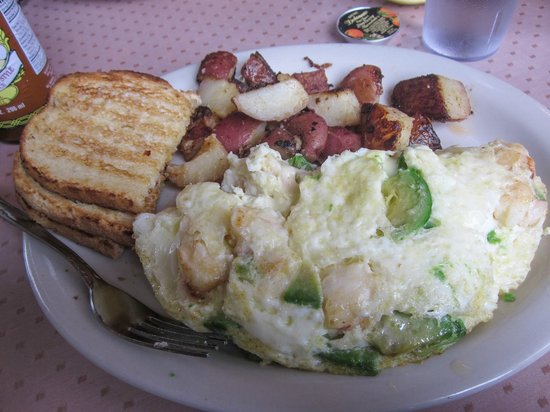 Katy's Place: Lobster omelete, potatoes, and sourdough