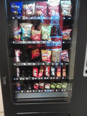 Motel 6 Cedar City: Vending machine, 1st floor