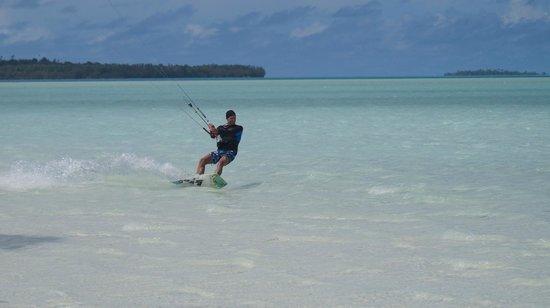 Kiteboard Aitutaki : Beach kiting