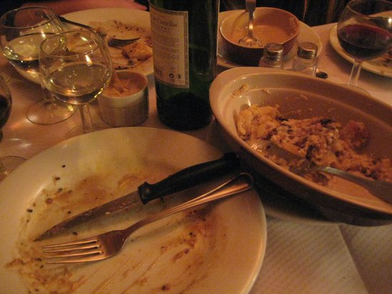 Chez Paul: Such good food, we ate it all!