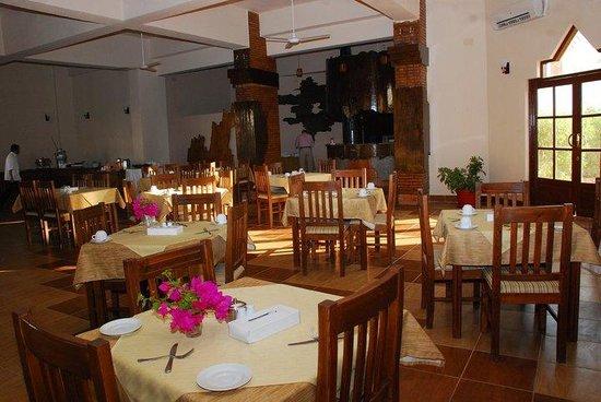 Dyarna Hotel: Restaurant