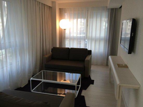 Eurostars Book Hotel: Sala de estar