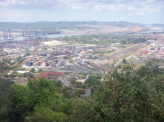 Ancon Hill: Vista al canal y aeropuerto