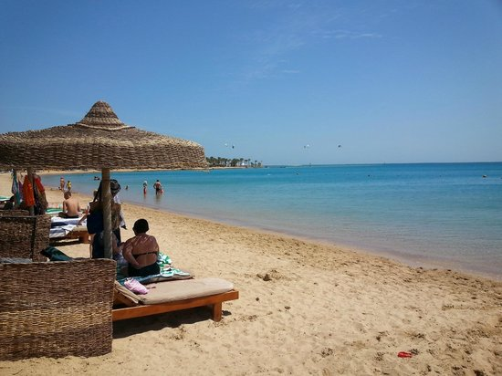 SENTIDO Palm Royale Soma Bay: beach