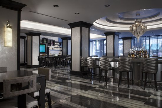 Silversmith Hotel Chicago Downtown: Adamus Bar & Library