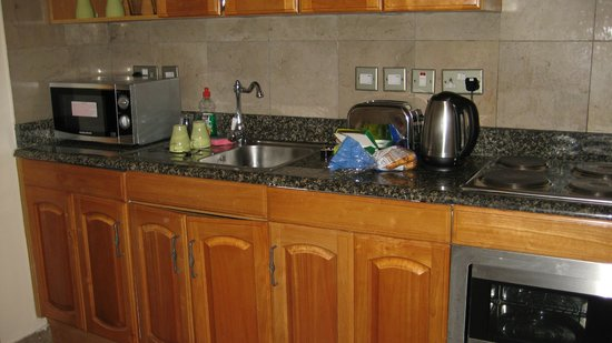 Inverness Terrace Serviced Apartments: Kitchen