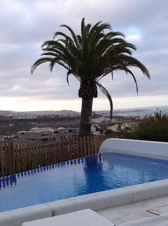 Hotel Suite Villa María: view from our villa patio