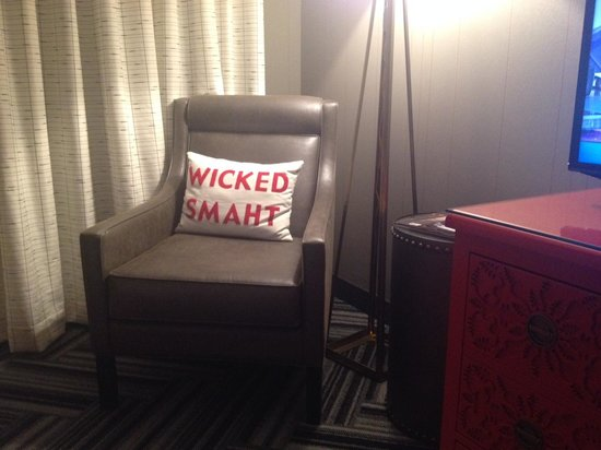 Kimpton Onyx Hotel: Cute pillow