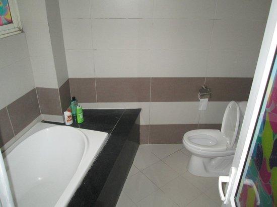 Hanoi Grand Hotel : toilette