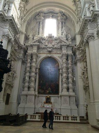 Theatinerkirche St. Kajetan: Capilla