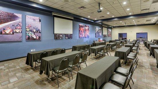 Octane Raceway: Indy / Daytona Room Meeting