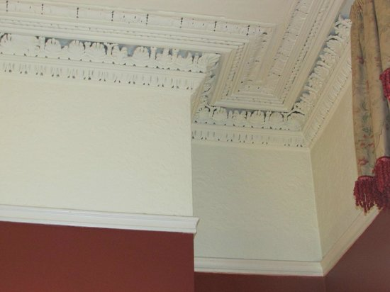 Albany House: Ceiling and Trim in Front Sitting Room