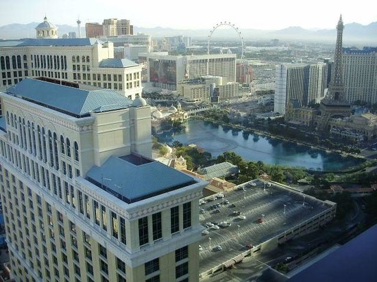 Vdara Hotel & Spa : View of Ballagio & Fountains from 45th floor