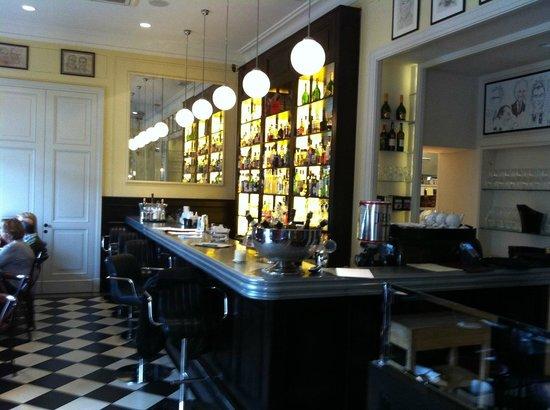 Brasserie Warszawska : interior