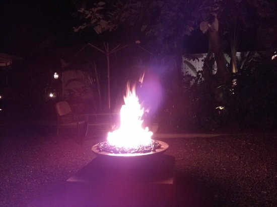 Sandals Inn: Fire Pit at Carlyle