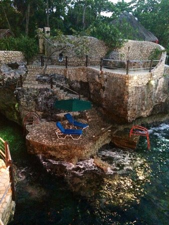 Rockhouse Hotel: Private cliff hangout... snorkling and swimming