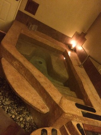 Sierra Grande Lodge & Spa: Crystal Tub