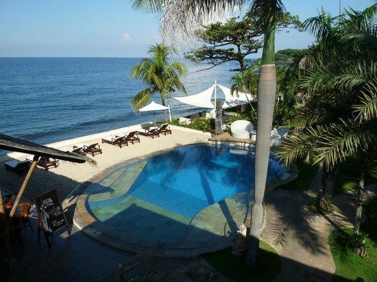Tauch Terminal Resort Tulamben & Spa: einer der beiden Pools