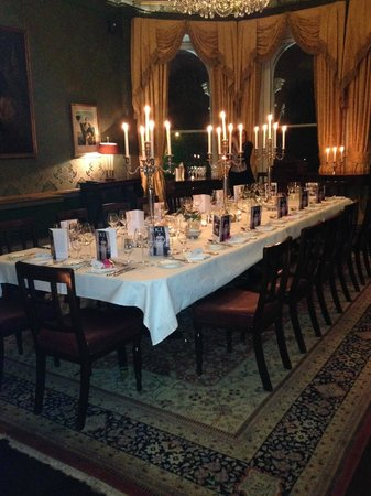 The Shelbourne Dublin, A Renaissance Hotel: dinner in the constitution room