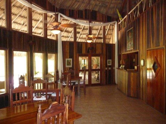 Chan Chich Lodge: Lobby