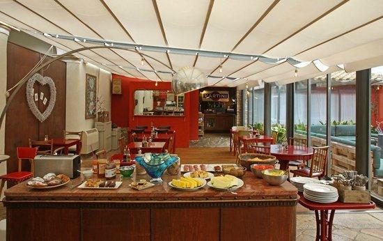 Aiguaclara Hotel: Desayuno / Breakfast