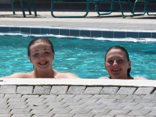 Westgate Lakes Resort & Spa : Fun at the pool